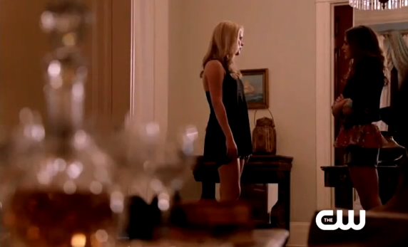 Capture webclip2 1x02 Rebekah Hayley