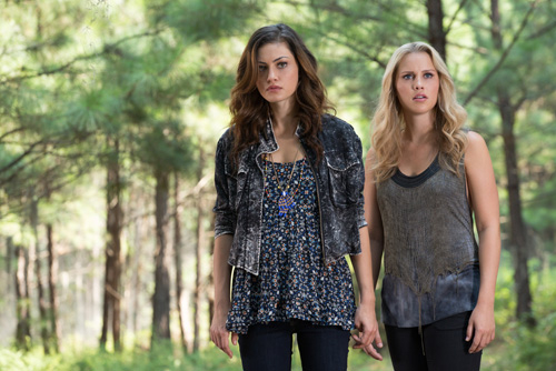 1x05 Sinners and Saints - Hayley, Rebekah