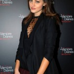 TVD 100e Party Phoebe Tonkin (3)