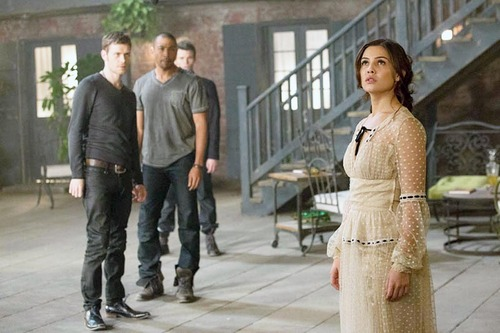 1x10 The Casket Girls - Klaus, Marcel, Elijah & Davina