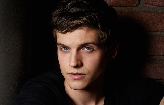 Daniel Sharman alias Kaleb