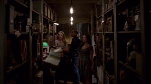 Résumé de l'épisode 22 saison 1  From a Cradle to a Grave Camille Davina Marcel