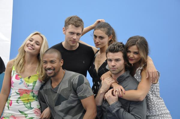 comic con 2014 cast tvguide