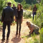 2x02 Alive&Kicking- Hayley Oliver et Klaus 2