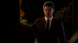 Résumé de l'épisode 1 saison 2  Rebirth Elijah
