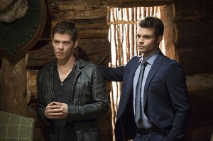 2x11 - Brotherhood of the Damned - Klaus et Elijah