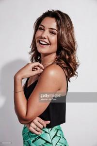 Comic Con 2015 Portrait Danielle Campbell 2