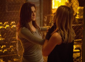3x13 Heart Shaped Box - Cami et Hayley