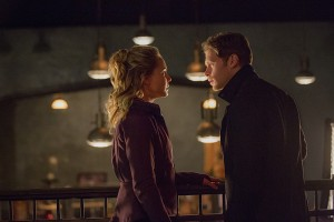 3x15 An Old Friend Calls - Cami et Klaus