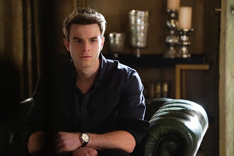 3x16 Alone With Everybody - Kol