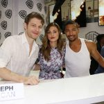 Comic Con 2016 The Originals cast signature warner bros (9)