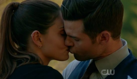the originals 4x05 elijah heyley kiss